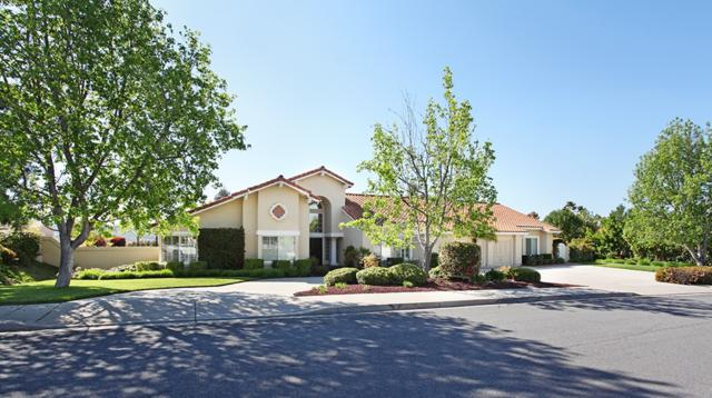 13958 Arbolitos Dr, Poway, CA 92064 (#180031724) :: The Yarbrough Group