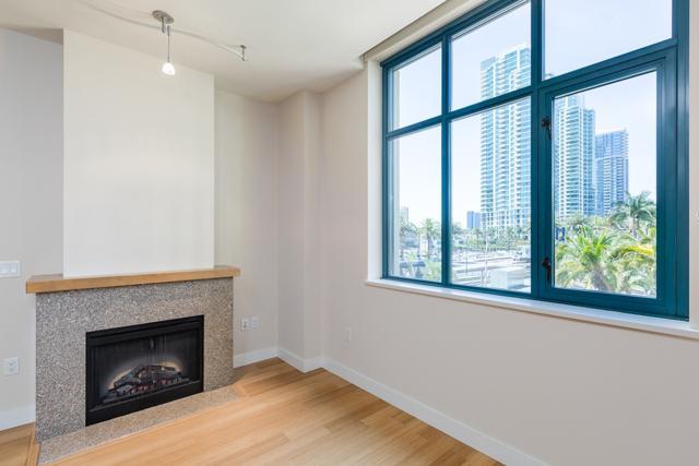 700 W E St #304, San Diego, CA 92101 (#180032539) :: Ascent Real Estate, Inc.
