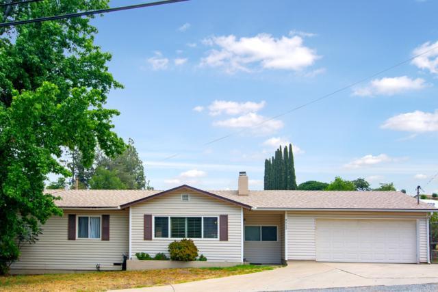 9243 Single Oak Dr, Lakeside, CA 92040 (#180032963) :: Ascent Real Estate, Inc.
