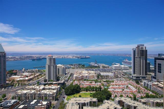 700 Front Street #2701, San Diego, CA 92101 (#180033109) :: PacifiCal Realty Group