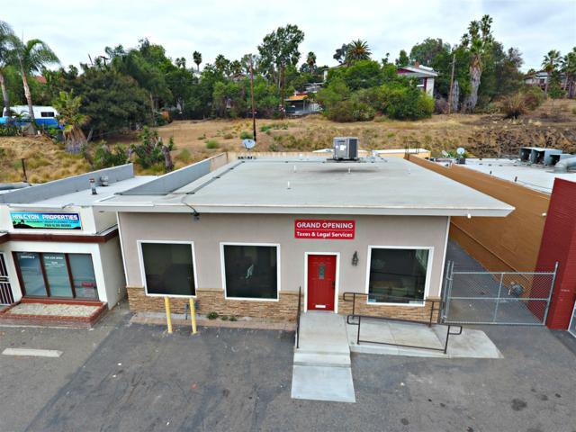 930 Vista Village Dr, Vista, CA 92084 (#180033270) :: The Marelly Group   Compass