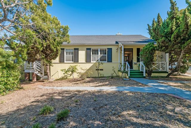 3793 Poe St, San Diego, CA 92107 (#180033447) :: KRC Realty Services