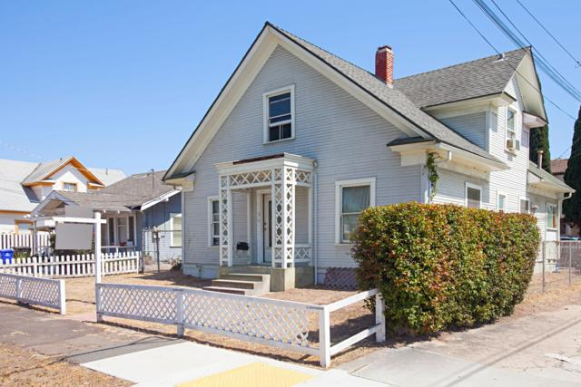 1525 Monroe Avenue, San Diego, CA 92116 (#180033826) :: KRC Realty Services