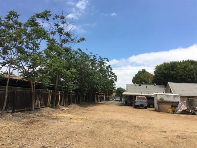 250 -52 W. Lincoln Ave., Escondido, CA 92026 (#180033924) :: KRC Realty Services