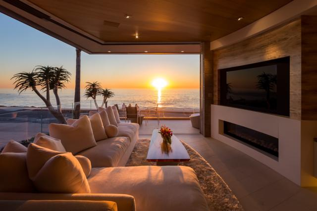 6653 Neptune Pl, La Jolla, CA 92037 (#180034102) :: Coldwell Banker Residential Brokerage