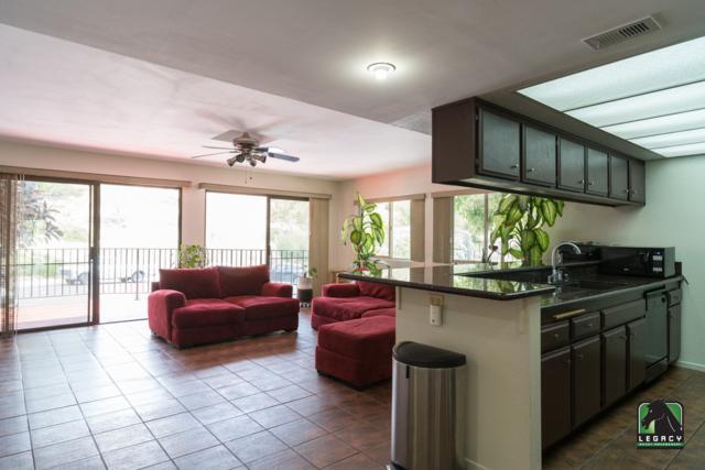 2261 Saint Louis Ave #205, Signal Hill, CA 90755 (#180035995) :: Heller The Home Seller