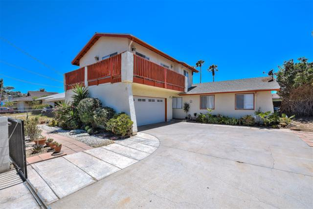153 Mayfair St, Oceanside, CA 92058 (#180036903) :: The Yarbrough Group