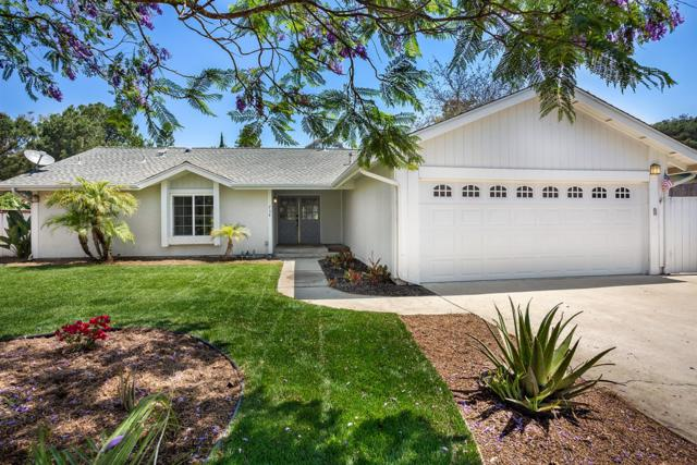758 Lazy Circle Dr, Vista, CA 92081 (#180037101) :: Keller Williams - Triolo Realty Group