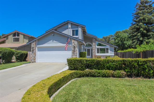 297 Loch Lomond Dr., Vacaville, CA 95687 (#180037189) :: The Yarbrough Group