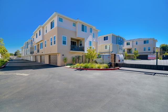 11321 Zapata Ave #12, San Diego, CA 92126 (#180037525) :: Neuman & Neuman Real Estate Inc.
