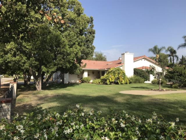 1055 Hawaii Pl, Escondido, CA 92026 (#180037585) :: Whissel Realty