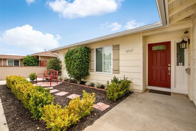 13440 Tobiasson Rd, Poway, CA 92064 (#180037843) :: The Houston Team | Compass