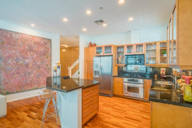 110 W Island Ave, San Diego, CA 92101 (#180038091) :: Heller The Home Seller