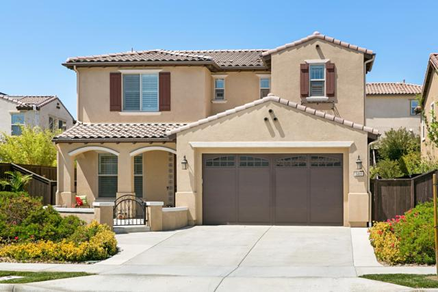 3469 Corte Fortuna, Carlsbad, CA 92009 (#180038273) :: Keller Williams - Triolo Realty Group