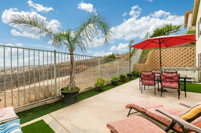 10034 Destiny Mountain Ct, Spring Valley, CA 91978 (#180038321) :: The Yarbrough Group
