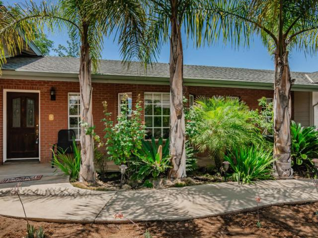 14051 Kelowna Ln, Valley Center, CA 92082 (#180038693) :: The Houston Team | Compass