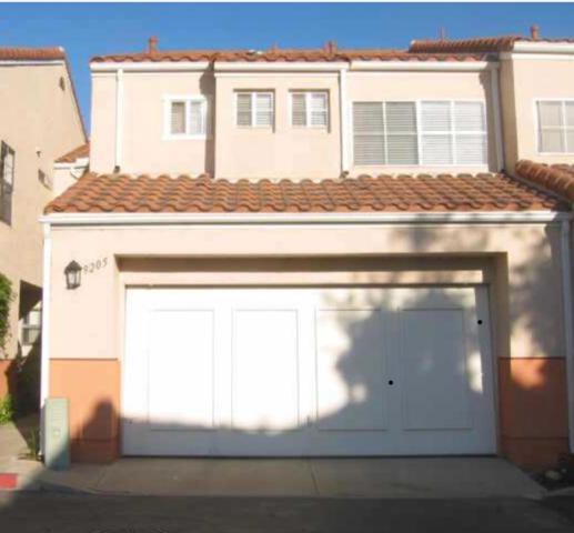 9205 Camino Del Verde, Santee, CA 92071 (#180038781) :: Keller Williams - Triolo Realty Group
