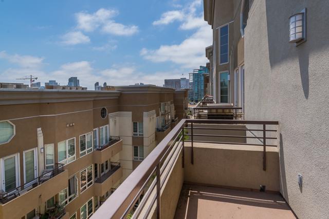 1465 C Street #3620, San Diego, CA 92101 (#180038955) :: Douglas Elliman - Ruth Pugh Group