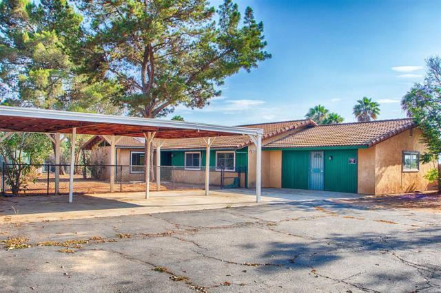 9421 W Lilac, Escondido, CA 92026 (#180039612) :: Neuman & Neuman Real Estate Inc.