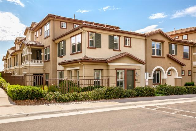 1205 Calabria St, Santee, CA 92071 (#180039636) :: The Houston Team | Compass