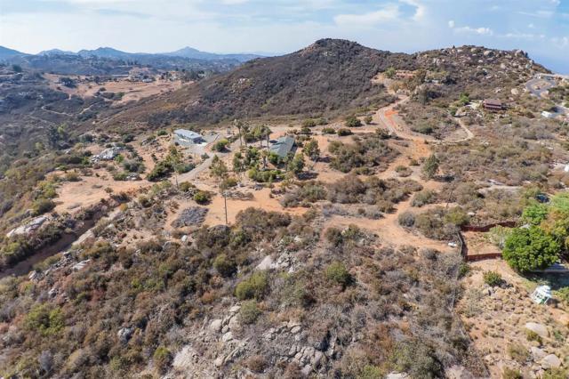 18204 Dos Picos Park Rd #4, Ramona, CA 92065 (#180039747) :: Heller The Home Seller