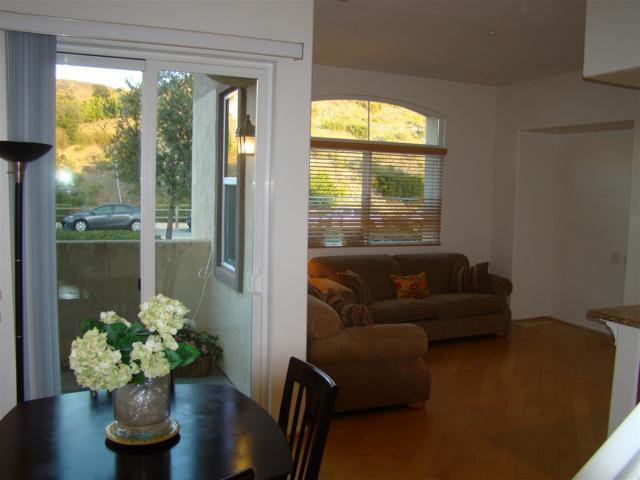 598 Almond, San Marcos, CA 92078 (#180039826) :: Ghio Panissidi & Associates