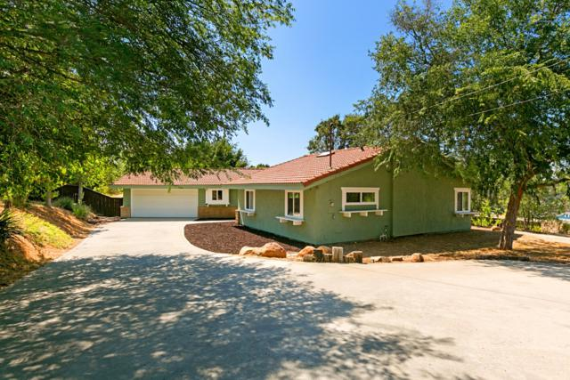 2246 Winterwarm Dr, Fallbrook, CA 92028 (#180040162) :: Allison James Estates and Homes