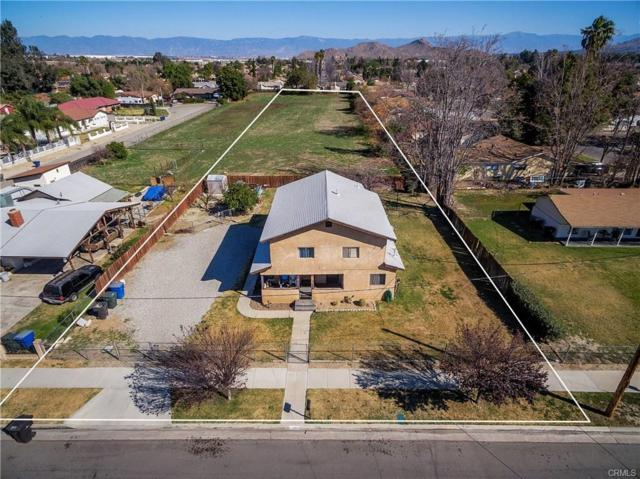 4267 Strong St, Riverside, CA 92501 (#180042021) :: The Yarbrough Group