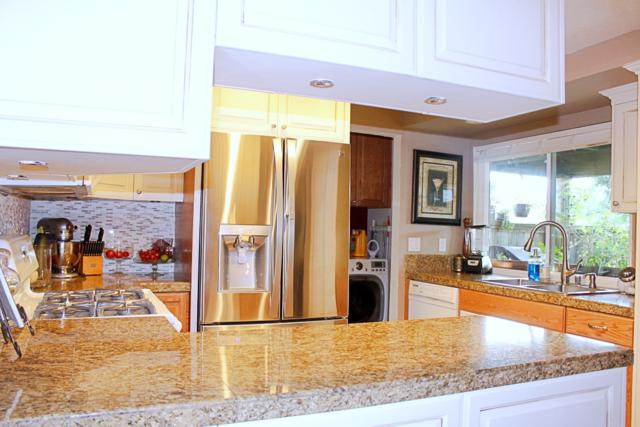 10220 Kerrigan St, Santee, CA 92071 (#180042237) :: Keller Williams - Triolo Realty Group