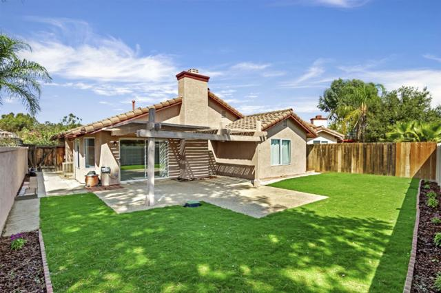 1500 Sedona Gln, Escondido, CA 92027 (#180042549) :: The Yarbrough Group