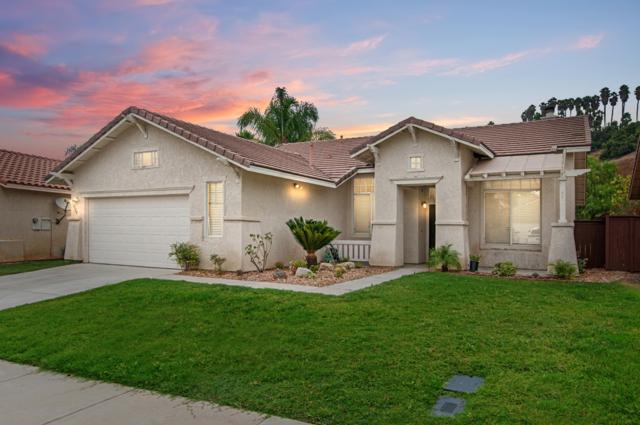 3326 Avocado Vista Ln, Fallbrook, CA 92028 (#180043153) :: Keller Williams - Triolo Realty Group