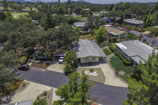 18218 Paradise Mountain Rd #25, Valley Center, CA 92082 (#180044118) :: Heller The Home Seller
