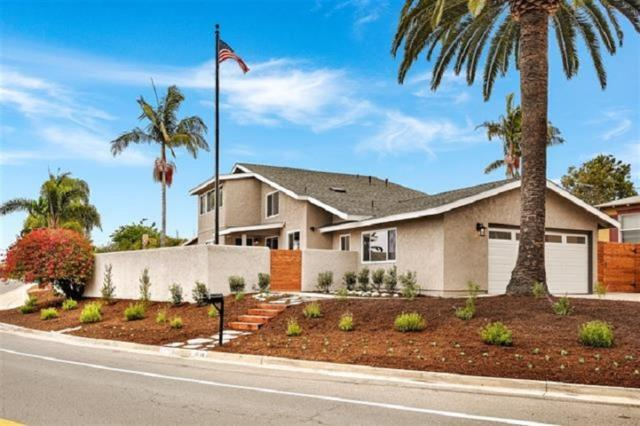 1716 Soto Street, Oceanside, CA 92054 (#180044230) :: Keller Williams - Triolo Realty Group