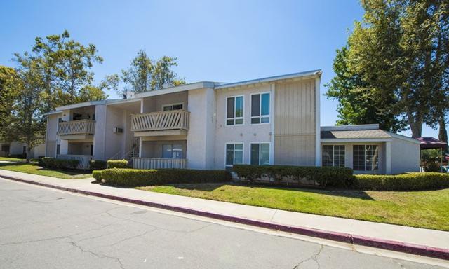 512 Sandalwood #1, Escondido, CA 92027 (#180044344) :: Keller Williams - Triolo Realty Group