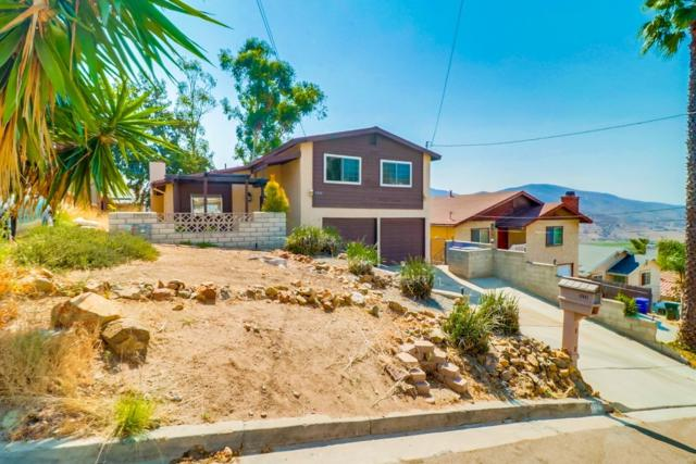 1111 Cuyamaca Ave, Spring Valley, CA 91977 (#180044830) :: The Yarbrough Group