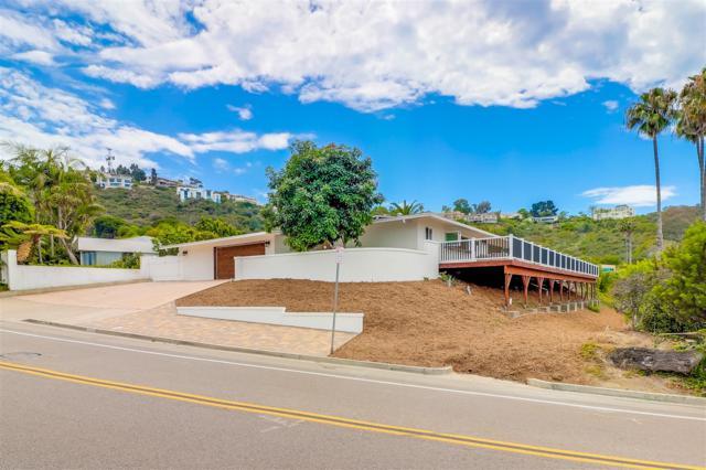 7378 Via Capri, La Jolla, CA 92037 (#180044915) :: Farland Realty