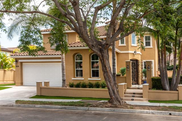 8209 Torrey Gardens Place, San Diego, CA 92129 (#180045276) :: The Houston Team | Compass