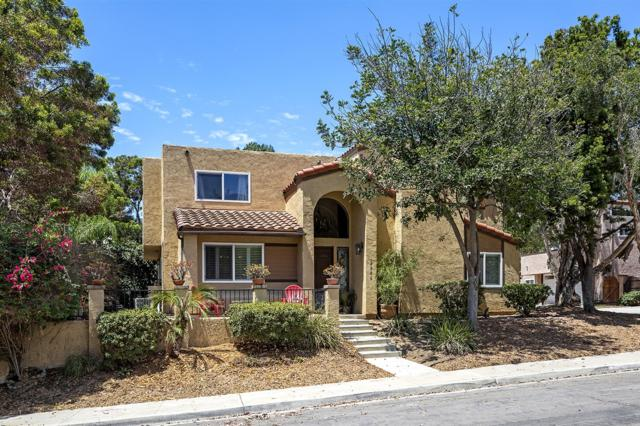 2606 Illion St, San Diego, CA 92110 (#180045376) :: Coldwell Banker Residential Brokerage