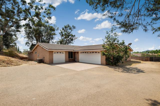 181 Sunwest Gln, Escondido, CA 92025 (#180045457) :: Beachside Realty