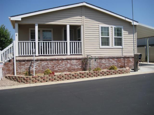 525 W El Norte Pkwy Spc 210, Escondido, CA 92026 (#180047893) :: Heller The Home Seller