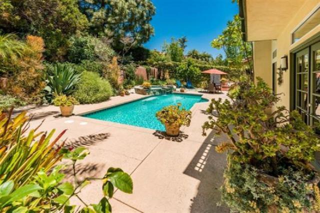 4946 Smith Canyon Ct, San Diego, CA 92130 (#180049872) :: The Houston Team | Compass