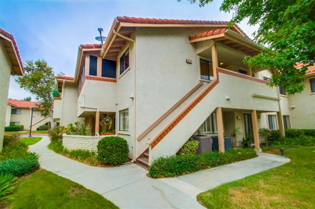 942 Lupine Hills Drive #44, Vista, CA 92081 (#180049937) :: Whissel Realty