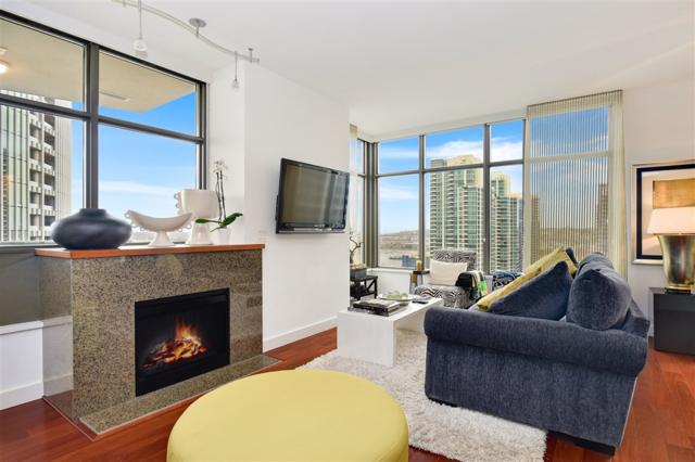 700 W E Street #2403, San Diego, CA 92101 (#180050534) :: eXp Realty of California Inc.