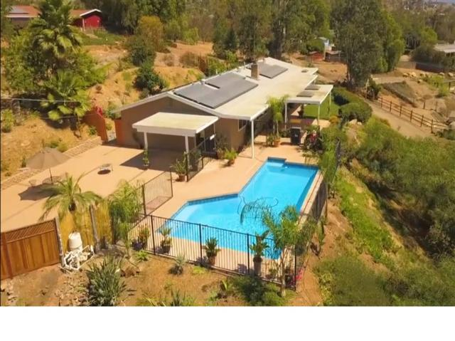 11058 Valle Vista Rd, Lakeside, CA 92040 (#180050787) :: Coldwell Banker Residential Brokerage