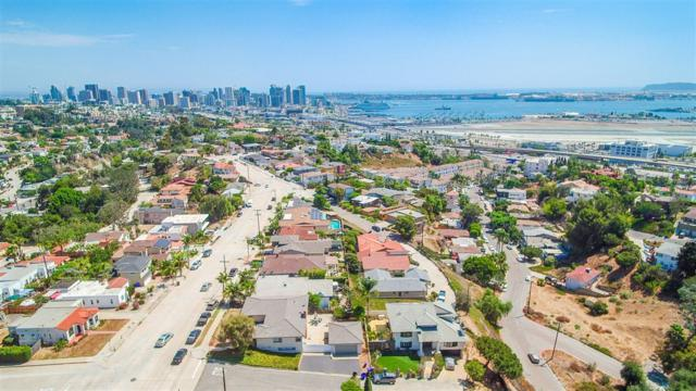 3262 Hawk Street, San Diego, CA 92103 (#180051032) :: The Houston Team | Compass