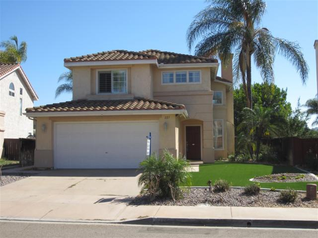227 Clearcreek Pl, Santee, CA 92071 (#180051196) :: The Yarbrough Group