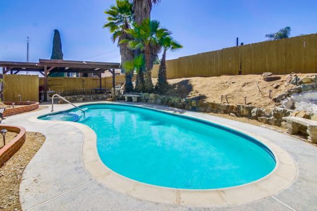 2582 Calle Tres Lomas, San Diego, CA 92139 (#180051609) :: eXp Realty of California Inc.