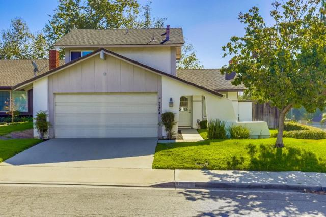 2204 Eastridge Ln, Escondido, CA 92026 (#180051900) :: Douglas Elliman - Ruth Pugh Group