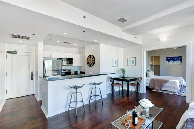 702 Ash St #405, San Diego, CA 92101 (#180052005) :: Welcome to San Diego Real Estate