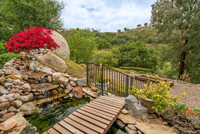 15720 Vista Vicente Dr, Ramona, CA 92065 (#180052251) :: Whissel Realty